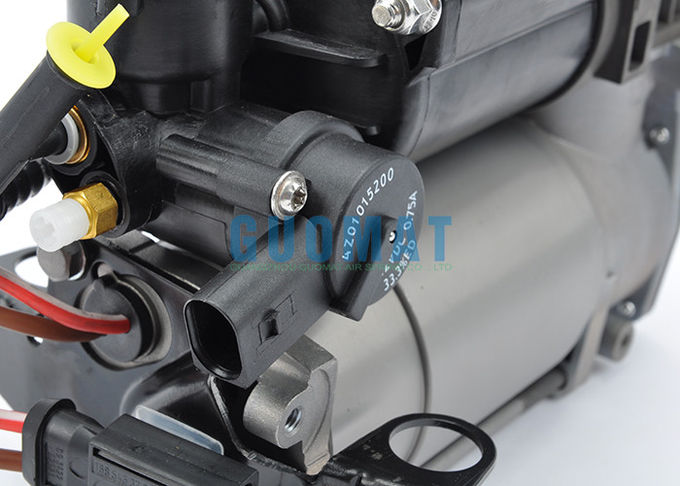 Mercedes - Benz S Class W220 Air Bag Suspension Compressor A220 320 01 04